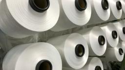 Roll handling solutions for yarn & fabrics